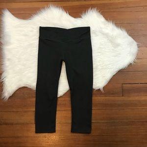 Fabletics Pants - Fabletics Winn Midrise Crop In Charcoal Heather